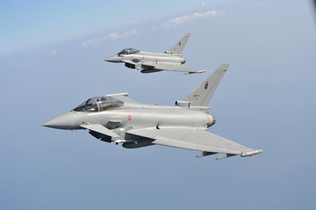 Aerei Da Caccia Di Ultima Generazione : Aeroclub parma eurofighter reparto sperimentale volo
